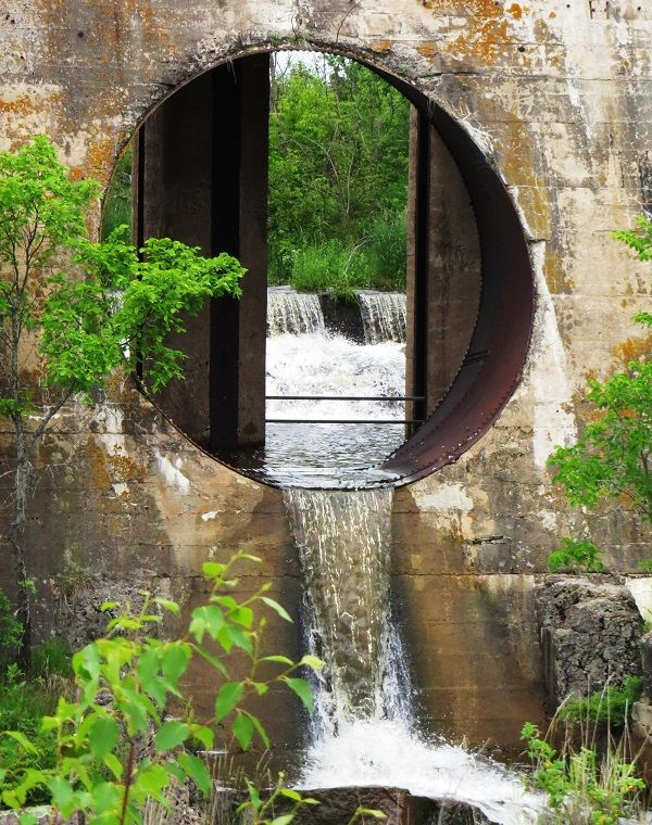 Old Pinawa Dam at Pinawa Dam Provincial Heritage Park in Manitoba. Such a beautiful place for some hiking where nature, history and engineering merge. #ExploreMB #Manitoba #Pinawa