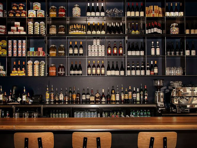 Back Bar Storage Design Cafe Pinterest Storage