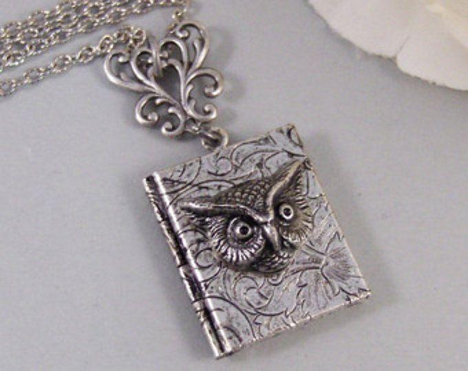 Hermonie's Handbook,Owl,Locket,Silver Locket,Necklace,Potter,Owl,Silver,Woodland,Antique Locket. Handmade jewelry by valleygirldesigns.