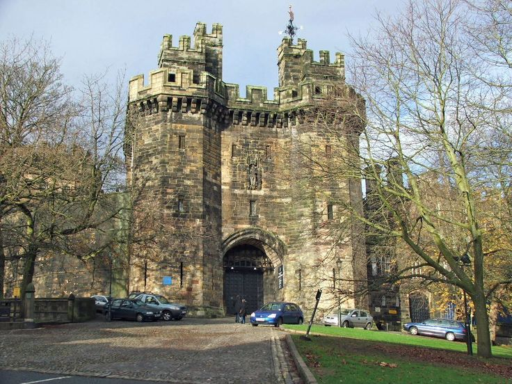 Lancaster castle - Her Majesty's Prison.  Housed prisoners up to last year.  Just visiting.......We took the tour and managed to get a parking ticket!!  The court is still very much in use.