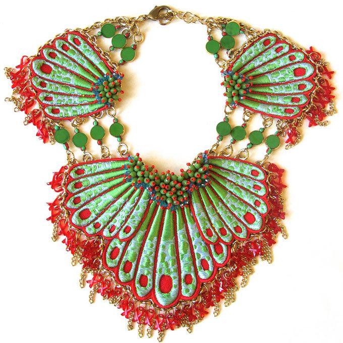 Milano | I gioielli alla moda entrano nella storia contemporanea