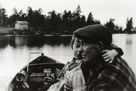 "Andrew Aborygen Skladowski ""Scene from the north of Finland"" Photo: Matti Saanio (1925 - 2006) Suomi (Finland), 1960 Matti Saanio was a Finnish photographer who became famous in the 1950s by photos of Lapland people and nature photography"