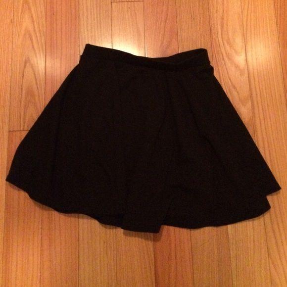 Black circle skirt Plain black circle skirt Cotton On Skirts Circle & Skater