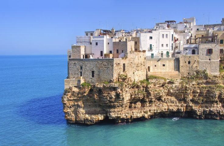 12 Secret Beaches In Italy