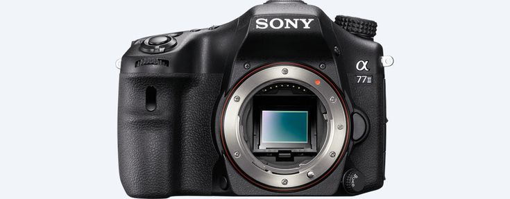 Sony α77 II A-mount camera with APS-C sensor