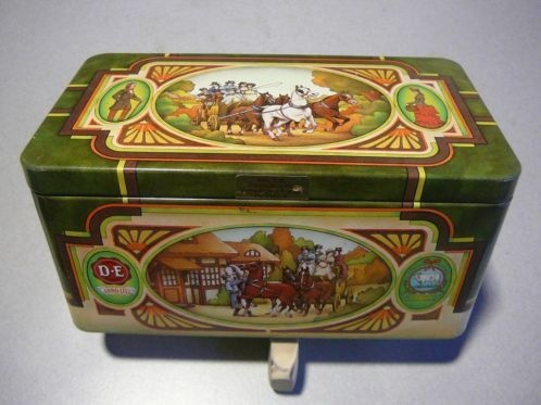 Blik van Douwe Egberts Pickwick met paardenafbeeldingen