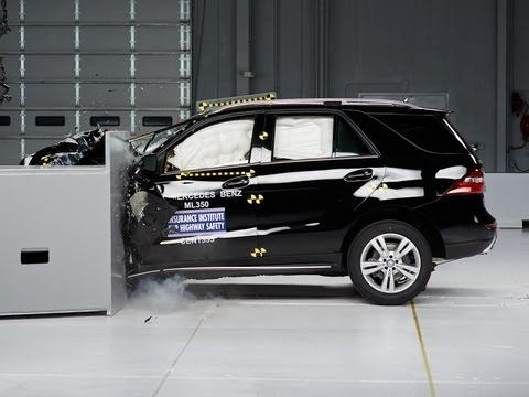 2014 Mercedes M class small overlap IIHS crash test