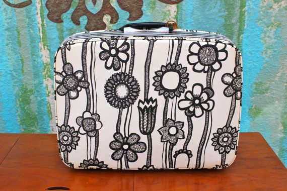 Vintage Samsonite Fashionaire Suitcase by ColibriFinds on Etsy, $75.00