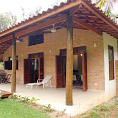 Rústica e Colonial: Terraços por RAC ARQUITETURA