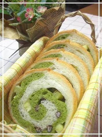 Rolled Matcha Bread with Sweet Potatoes and Adzuki