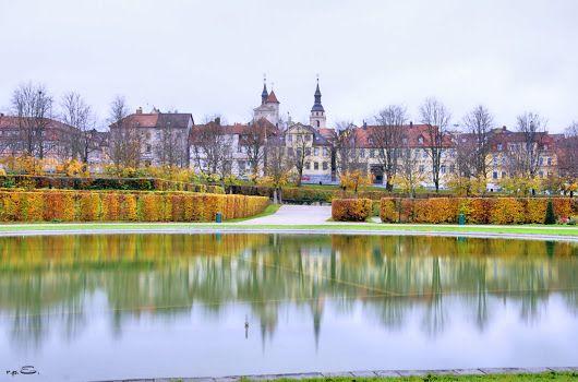 HDR Fotografie Blühendes Barock mit Blick zur Kirche #ludwigsburg
