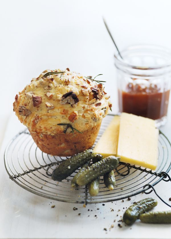 rosemary, cheddar and  pecan damper muffins