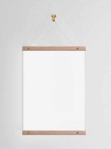 Poster hanger 31cm, oak
