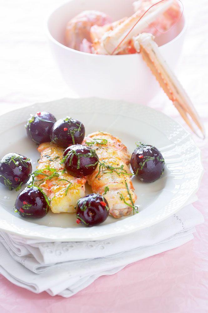 Danske kirsebær er nogle af verdens bedste - prøv denne lækre opskrift hvor kirsebærret, til en forandring, ikke er brugt som dessert ingrediens.