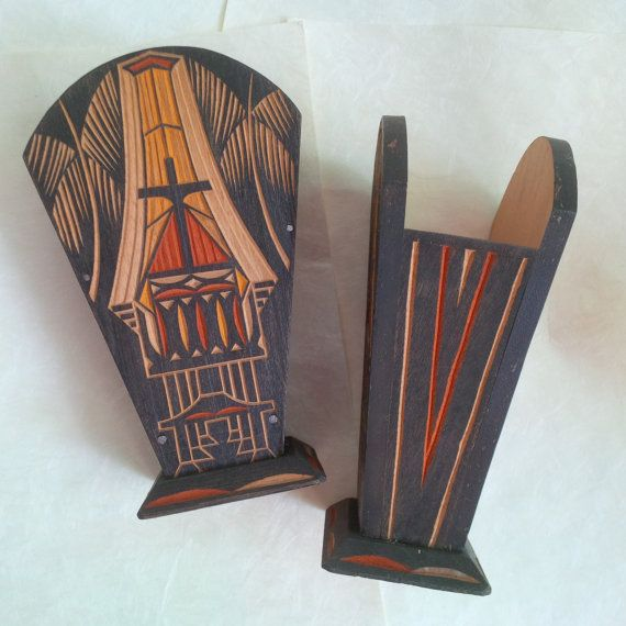 Vintage Toraja Tissue Holder  Hand carved and Hand Painted