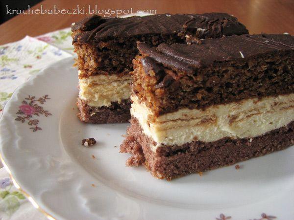 kruche babeczki: Ciasto kakaowo-orzechowe z masą budyniowo-chałwową...