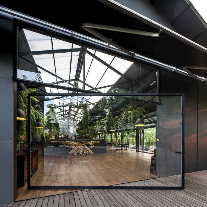 Best 25+ Restaurant exterior design ideas on Pinterest ...