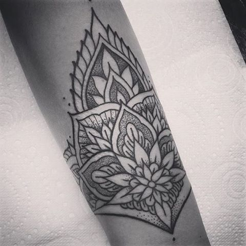 mandala wrist tattoo awesome I want my sunflower tattoo to be something like this