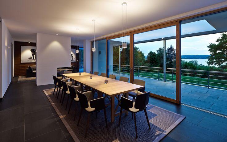table: Sento sospeso | wall: Sento verticale | ceiling: Più piano, Più alto