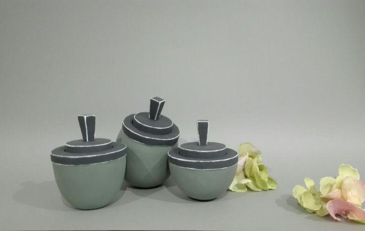#ceramics_theodora_tsirakoglou #jars #green #minimal #contemporary #composition #artwork #handbuilded