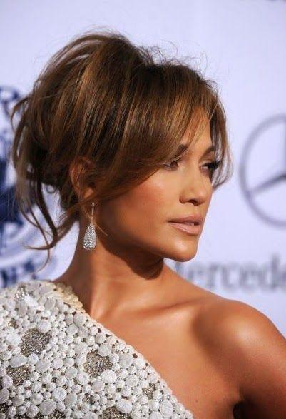 recogido con flequillo de Jennifer Lopez