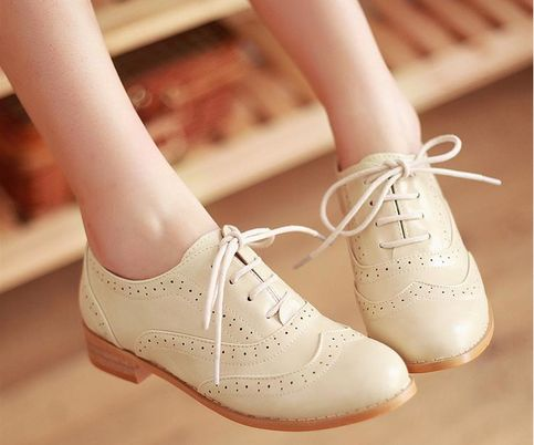 Vintage Round Toe Oxford Shoes (More Colors). Yes, please.                                                                                                                                                      More