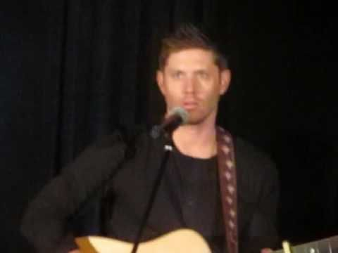 Jensen Ackles singing Simple Man Vancon 2016. Why yes, that is Mark Sheppard on drums! :D Rob Benedict is playing guitar too, but you don't see him until the last shot at the very end.