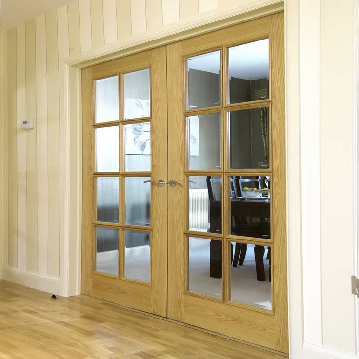 Royale Traditional Door Pair, 11-8VN Oak with Bevelled Clear Safety Glass - Lifestyle Image.    #doubledoors