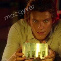 MacGyver (2016) 1.03 Awl Angus MacGyver Lucas Till