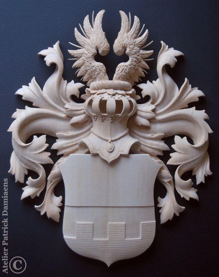 Heraldic Wood carver | Heraldic woodcarving Family coat of arms carved in wood | Heraldic Wood carver | Heraldic woodcarving | familienwappen BRÜCK