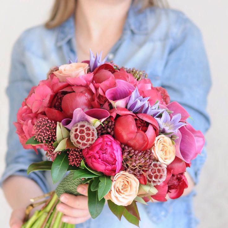 Букет невесты в бордовой гамме / Vinous bridal bouquet