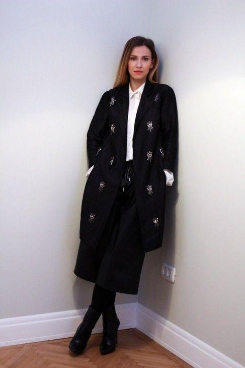 Dana Rogoz a ales combinația perfectă pentru o ținută elegantă. Uite ce propune vedeta!