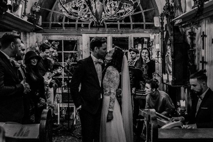 Winterhochzeit im La Dü in Düsseldorf - Foto und Film. gefühlvoll, unkonventionell, ehrlich, poetisch, Märchenhochzeit, Hochzeitsfotograf Düsseldorf