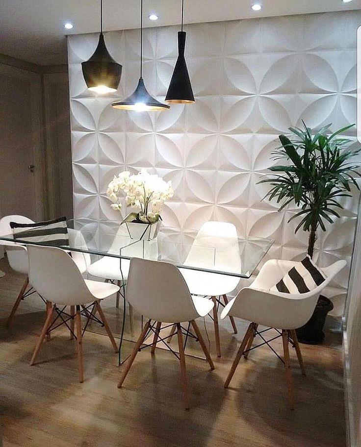 Olha como esta sala de jantar é linda? Adoramos o piso e a iluminação. …   – schönes wohnen