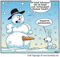 - Al hadi havucunu! Gel al hadi! Çok istiyodun? Alsana hadi?! + Hayatta dokanmam. #karikatür #mizah #matrak #espri #komik #şaka #gırgır #sözler #güzelsözler #komiksözler