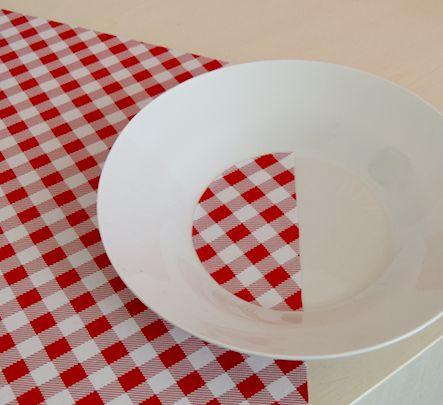 """isabelle jobard """"plat du jour""""  objet sculpture .table 2"""