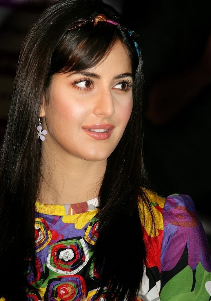 Katrina Kaif Biography Facts Life Story In Hindi Katrina Kaif Hairstyles Katrina Kaif Wallpapers Katrina Kaif Images