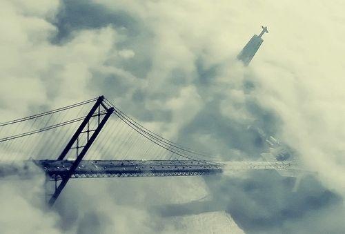 Ponte 25 de Abril / Bridge & Cristo Rei monument @ Lisbon - Portugal