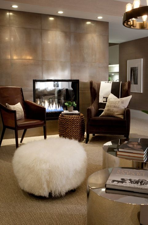 Beautiful living room! - I love the look of this, even though it wouldn't work in my house
