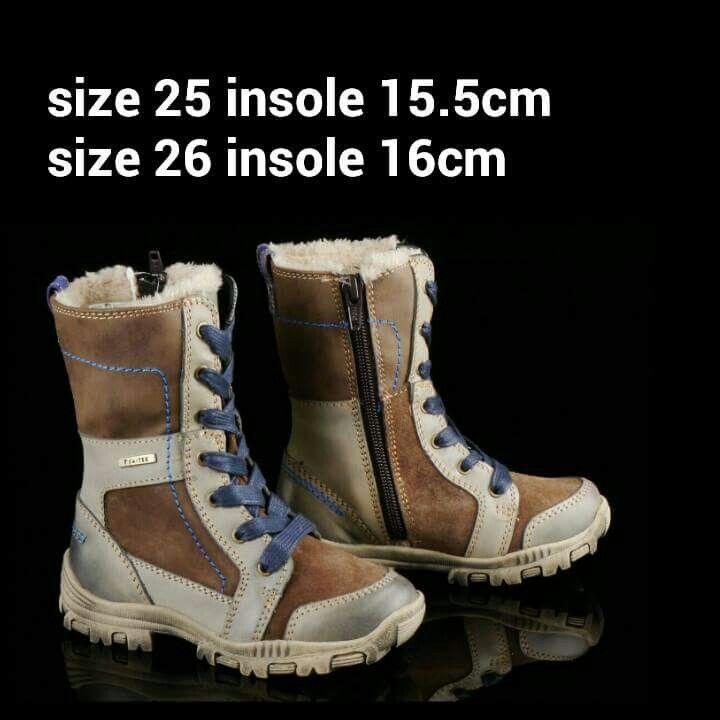 READY STOCK KIDS LEATHER BOOTS KODE : HORSEY BROWN Size 25,26 PRICE : Rp.205.000,- AVAILABLE SIZE :  - Size 25 (15,5cm) - Size 26 (16cm)  Material : Full Genuine Leather (Kulit Asli),Sol karet lentur. Ringan dan nyaman sesuai utk anak-anak.  Insole = panjang sol dalam. Ukurlah panjang telapak kaki anak, beri jarak minimal 1,5cm dari insole.  FOR ORDER : SMS/Whatsapp 087777111986 PIN BB : 766A6420 (no group) PIN BB : 26e6d360 (ada group) LINE : mayorishop FB : Mayorishop…