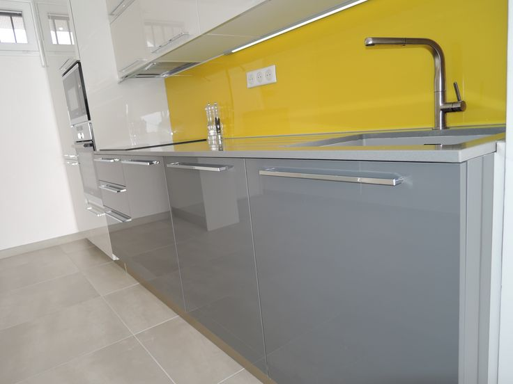 plan de travail jaune no02 jornalagora. Black Bedroom Furniture Sets. Home Design Ideas