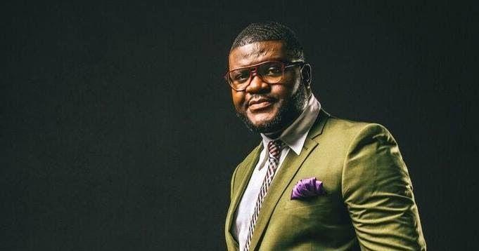 Mago de Sousa foi convidado especial da 3ª edição dos (STP)- São Tomé e Príncipe Music Awards 2017 https://angorussia.com/cultura/musica/mago-sousa-convidado-especial-da-3a-edicao-dos-stp-sao-tome-principe-music-awards-2017/