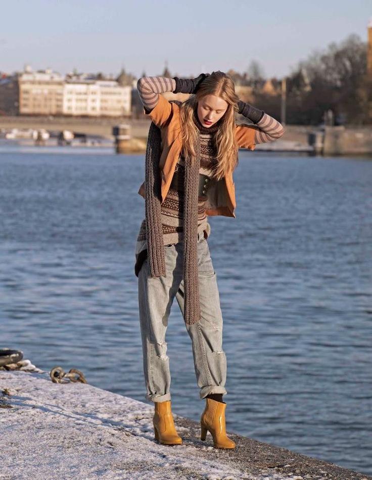 Botinele ECCO Lagrande - Perfecte pentru femeia modernă, mereu pe fugă, fiindcă sunt elegante, dar şi confortabile.