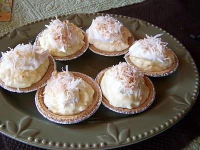 Mini Coconut Cream Pies Recipe