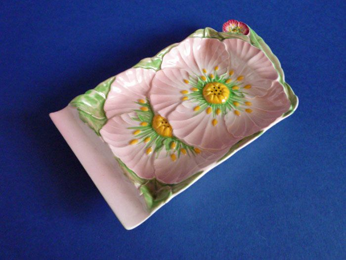 Carlton Ware Pink 'Buttercup' Cheese Tray c1936