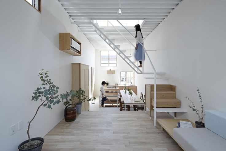 Built by Tato Architects in Itami, Japan with date 2012. Images by Koichi Torimura. Widening interspace to utilize Many of the requests to us for designing a house are accompanied with a prerequisite...