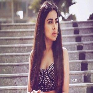 #KiMainKalliAa #SaraGurpal #KiMainKalliAaSaraGurpal Download Ki Main Kalli Aa Mp3 Song Sara Gurpal - djlvi.com