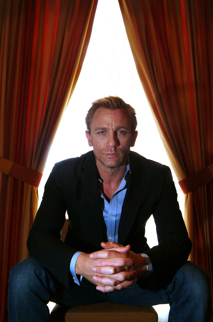 Daniel Craig. This one is definitely in my top 5!! So gorgeous.
