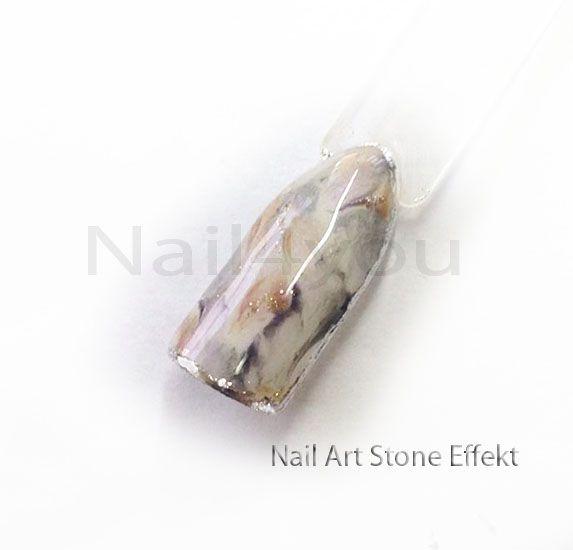 """Nail art negle med """"Stone Effekt"""" Lavet med Gele Polish / Naillac. Du kan komme på negle kursus og lærer hvordan man laver sådan et nail art design"""