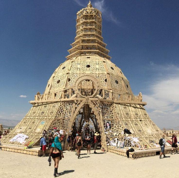 Burning Man Festival Women | Burning man and woman: Thousands of revelers reflect on tragedy of ...
